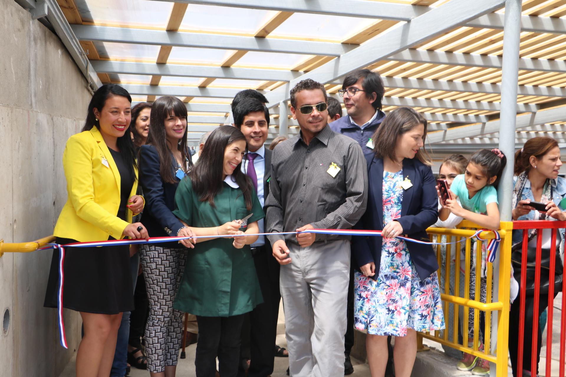 Con espacios inclusivos calefacci n y moderna for Jardin infantil los pinos